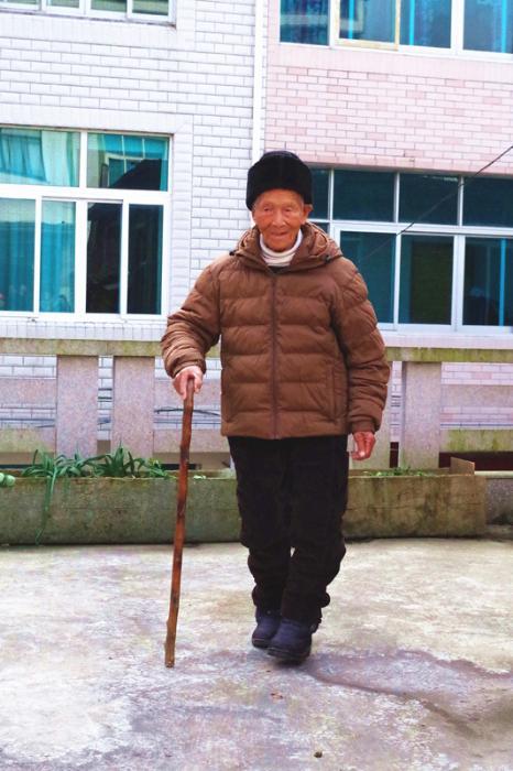 百岁老人胡洋海