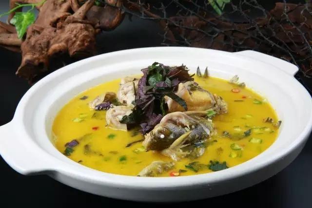 紫苏炖溪鱼